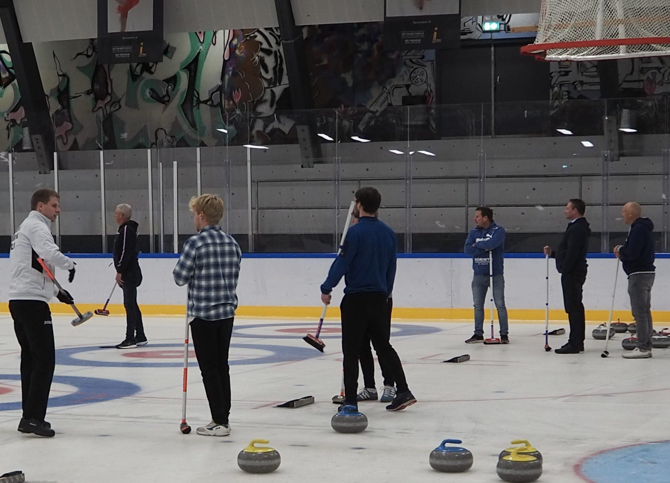 Spil curling i din lokale klub